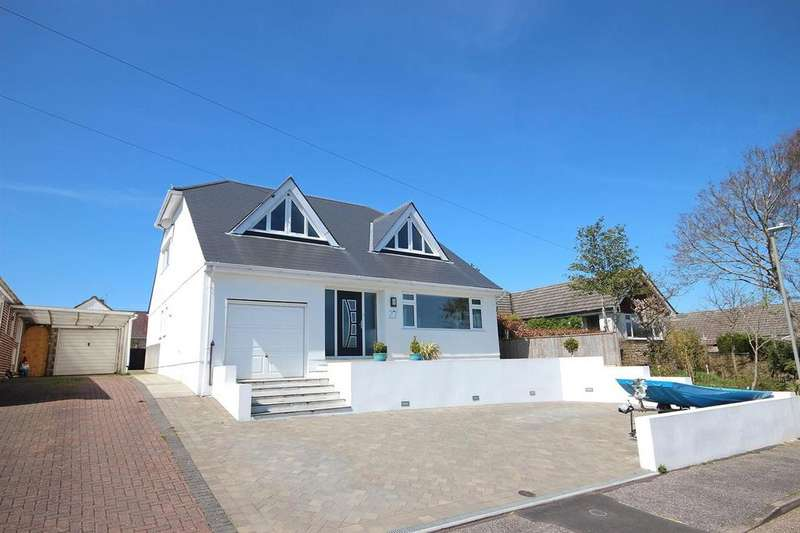 5 Bedrooms Detached House for sale in Sutherland Avenue, Broadstone