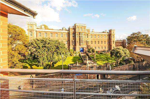 2 Bedrooms Flat for sale in The Jacobs Building, BRISTOL, BS8 1EE