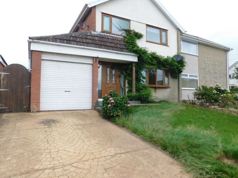 3 Bedrooms Semi Detached House for sale in Dunmail Raise, Barrow-in-Furness