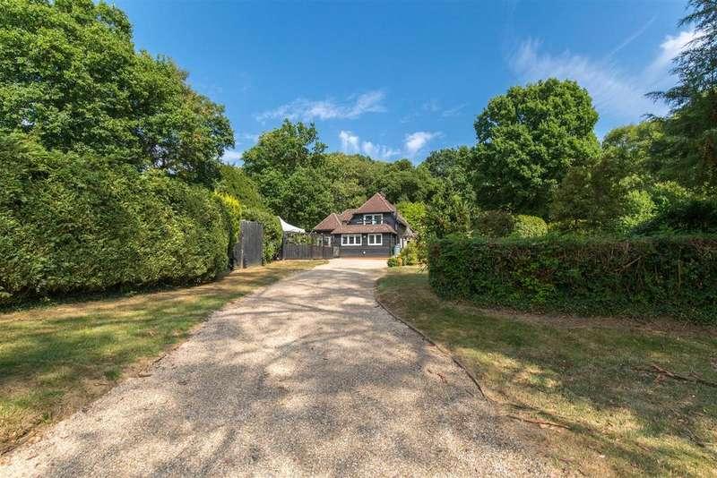 4 Bedrooms Detached House for sale in Fairwarp, Uckfield