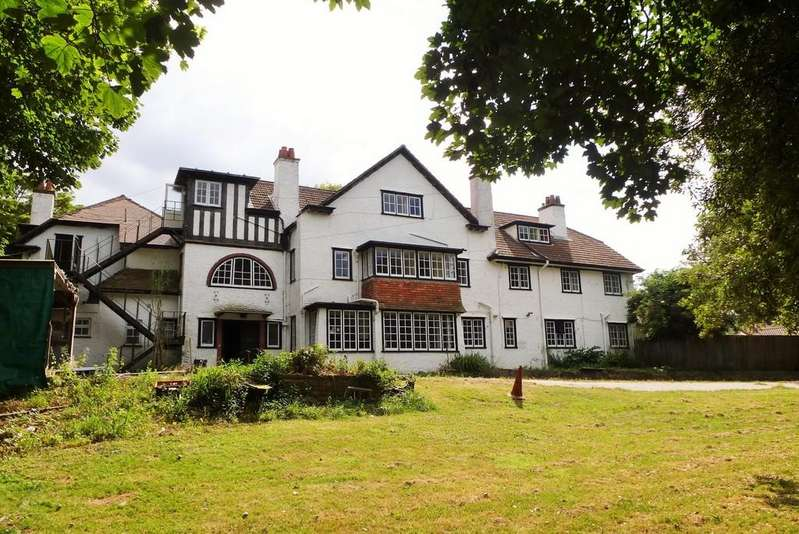 18 Bedrooms Manor House Character Property for sale in Overstrand
