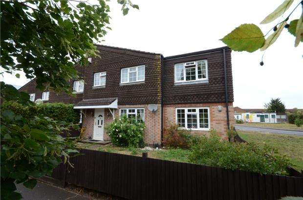 4 Bedrooms Semi Detached House for sale in Cresswell Close, Reading, Berkshire