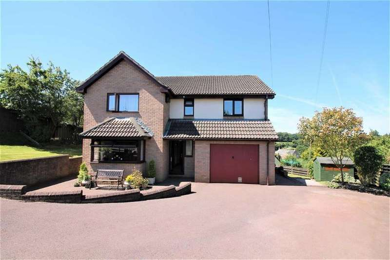 4 Bedrooms Detached House for sale in Nine Wells, Gloucestershire