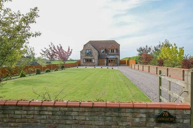 4 Bedrooms Detached House for sale in Longacre, 75 Church Road, Emneth