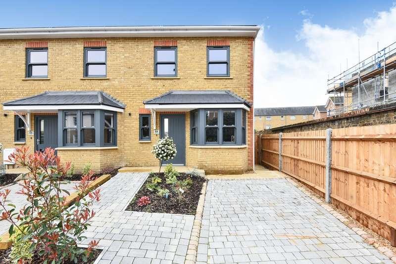 4 Bedrooms Semi Detached House for sale in Albert Road, Kingston, KT1