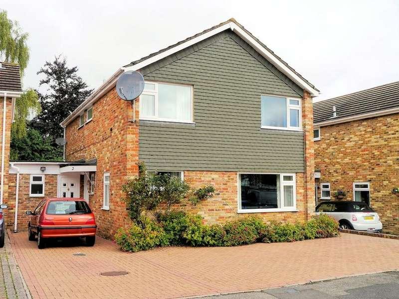 4 Bedrooms Detached House for sale in Bridgeman Drive, Windsor SL4