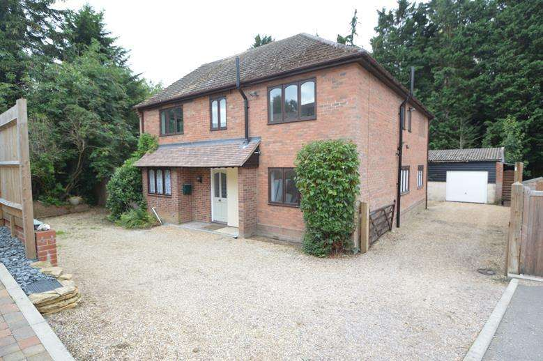 4 Bedrooms Detached House for sale in St Peters View, Sible Hedingham, Halstead CO9