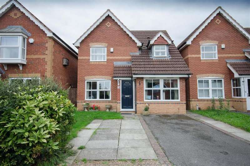 3 Bedrooms Detached House for sale in Bissex Mead, Emersons Green, Bristol, BS16 7DY