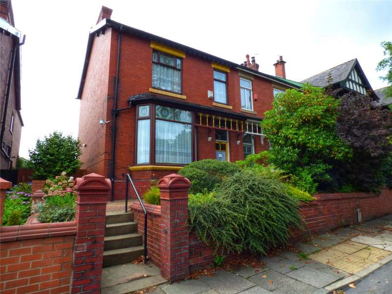 4 Bedrooms Semi Detached House for sale in Middleton Road, Chadderton, Oldham, Greater Manchester, OL9