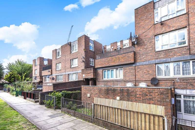 1 Bedroom Flat for sale in Carlton Grove Peckham SE15