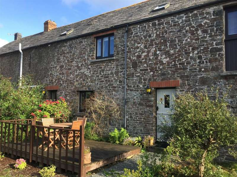 2 Bedrooms Terraced House for sale in Long Furlong Cottages, Hartland