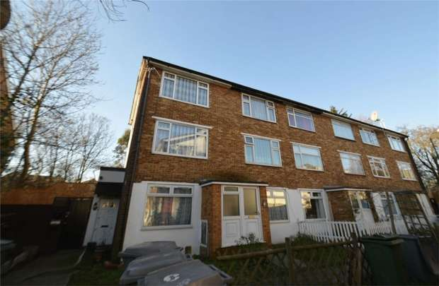 1 Bedroom Flat for sale in Craven Park Road, Harlesden, London