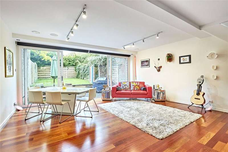 4 Bedrooms Semi Detached House for sale in Little Bornes, West Dulwich, London, SE21