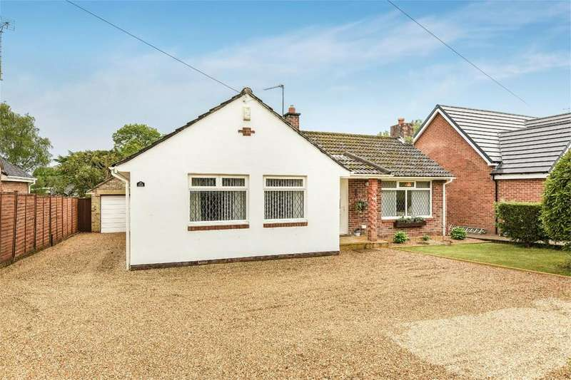 3 Bedrooms Bungalow for sale in Hiltingbury Road, Hiltingbury, Chandlers Ford, Hampshire, SO53