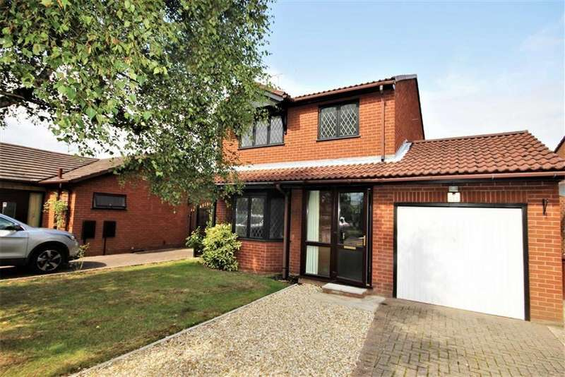 3 Bedrooms Detached House for sale in Elsham Crescent, Lincoln, Lincolnshire