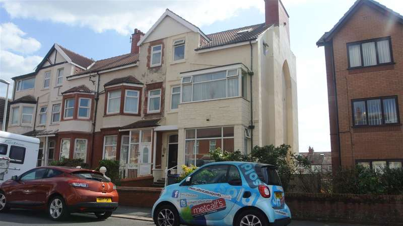 10 Bedrooms Terraced House for sale in Chatsworth Avenue, Blackpool