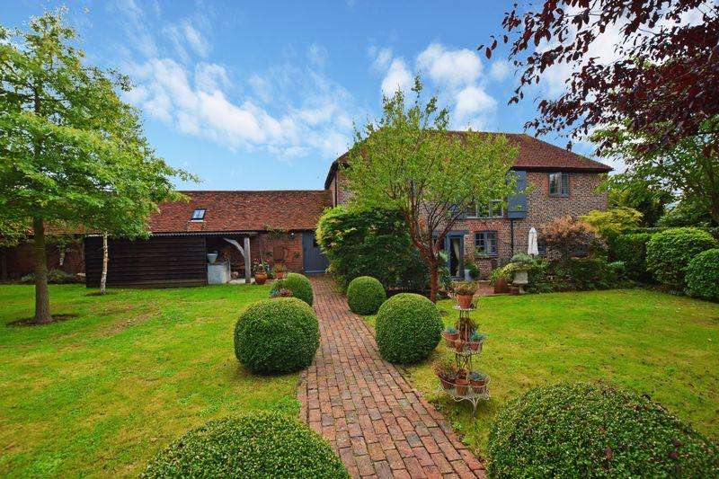 5 Bedrooms Detached House for sale in Beeches Farm Road, Isfield