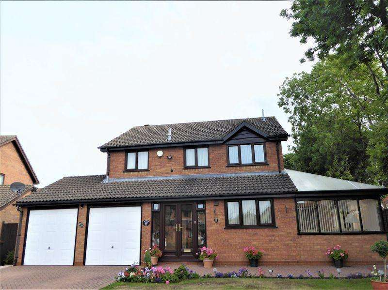 4 Bedrooms Detached House for sale in Foldyard Close, Sutton Coldfield