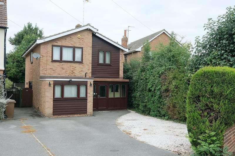 4 Bedrooms Detached House for sale in Mill Lane, Broomfield, Chelmsford, CM1