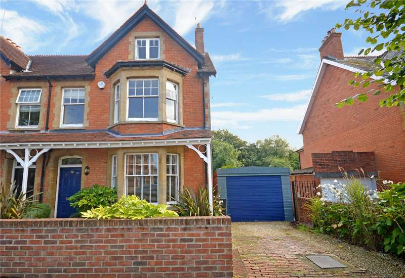 5 Bedrooms Semi Detached House for sale in Grove Avenue, Yeovil, Somerset, BA20