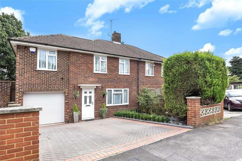 3 Bedrooms Semi Detached House for sale in Portland Gardens, Tilehurst, Reading, Berkshire, RG30
