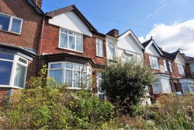 2 Bedrooms Terraced House for sale in 291 Millbrook Road West, Southampton