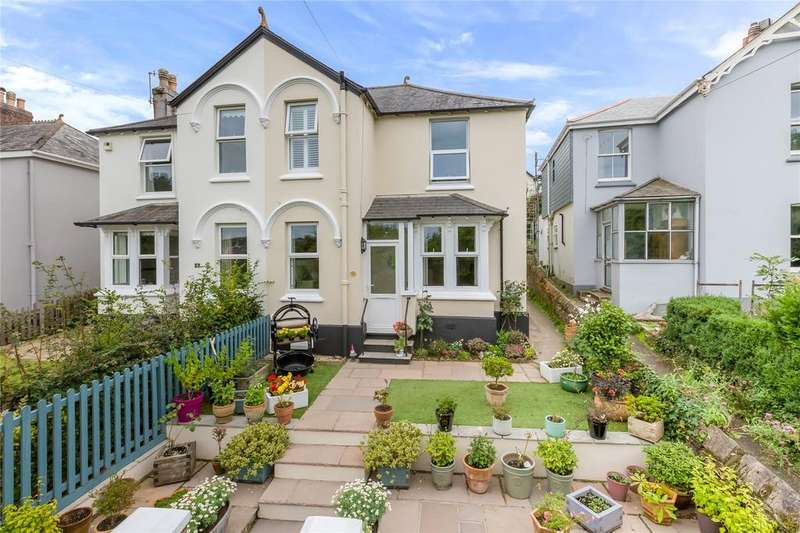 3 Bedrooms Semi Detached House for sale in Trevanna Road, Kingsbridge, Devon, TQ7