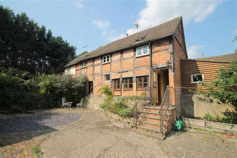 3 Bedrooms Detached House for sale in Redmarley, Gloucester