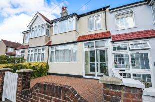 3 Bedrooms Terraced House for sale in Abercairn Road, London