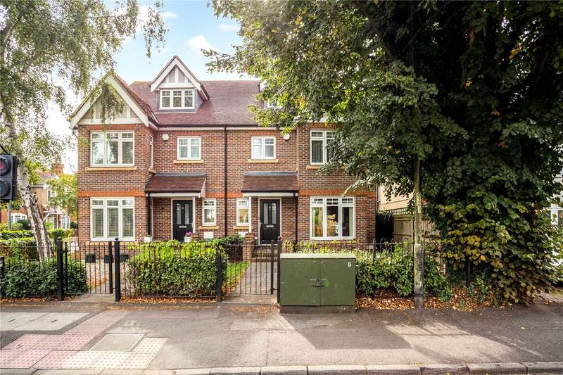 4 Bedrooms Semi Detached House for sale in Clarence Road, Windsor, Berkshire, SL4