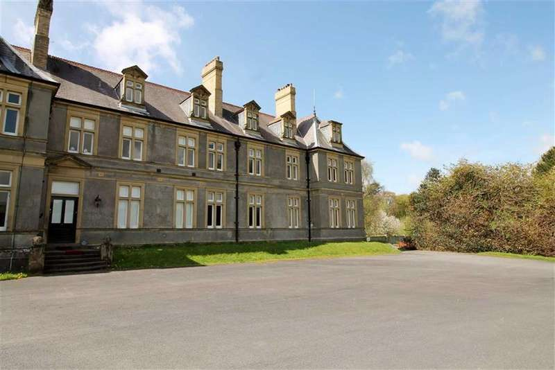 3 Bedrooms Terraced House for sale in Crosswood Park, Aberystwyth, CEREDIGION, SY23