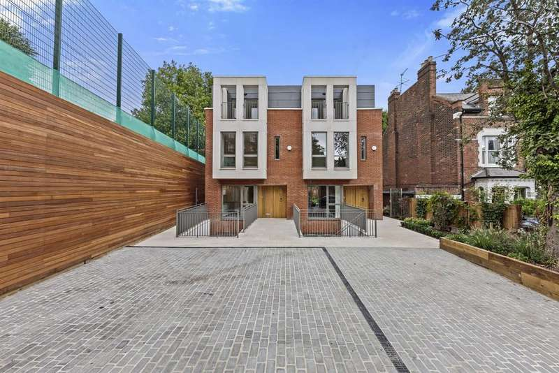 4 Bedrooms Semi Detached House for sale in Winchester Place, Highgate, London N6