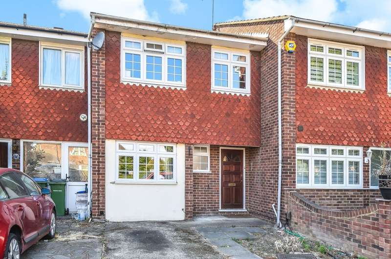 4 Bedrooms Terraced House for sale in Green Lane, London