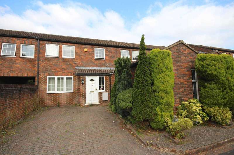 4 Bedrooms Terraced House for sale in Kimberley, Bracknell