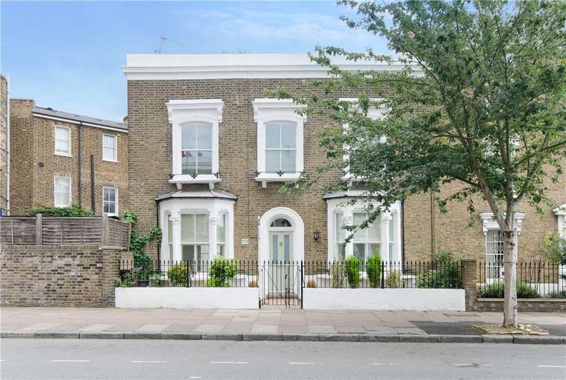3 Bedrooms Terraced House for sale in Southgate Road, Islington, London, N1