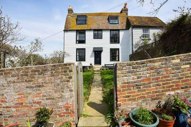 6 Bedrooms Cottage House for sale in Woods Passage, Hastings, East Sussex TN34