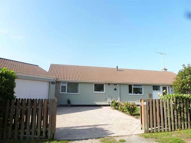 4 Bedrooms Bungalow for sale in Moor Road, Banwell, Banwell