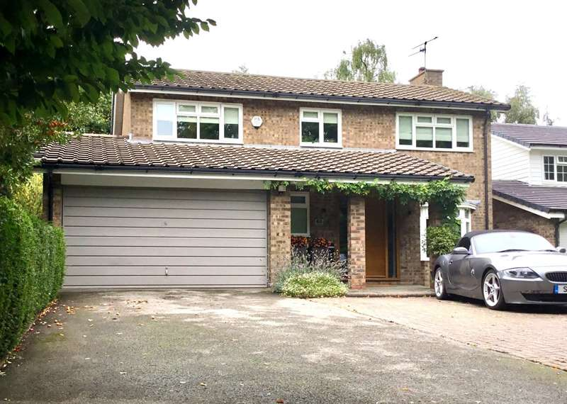 3 Bedrooms Detached House for sale in Victoria Road, Macclesfield