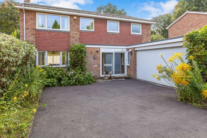 4 Bedrooms Detached House for sale in Southcote, Woking