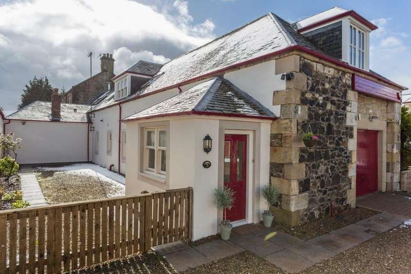 3 Bedrooms Villa House for sale in 3 Sproulstoun Cottage Bowfield Road, Howwood, PA9 1DE