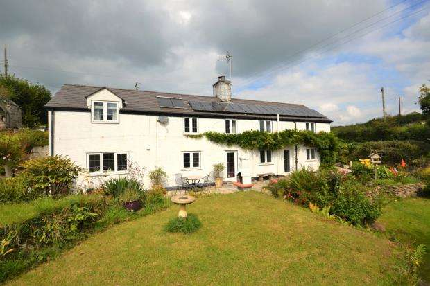 4 Bedrooms Detached House for sale in Liskeard Road, Callington, Cornwall