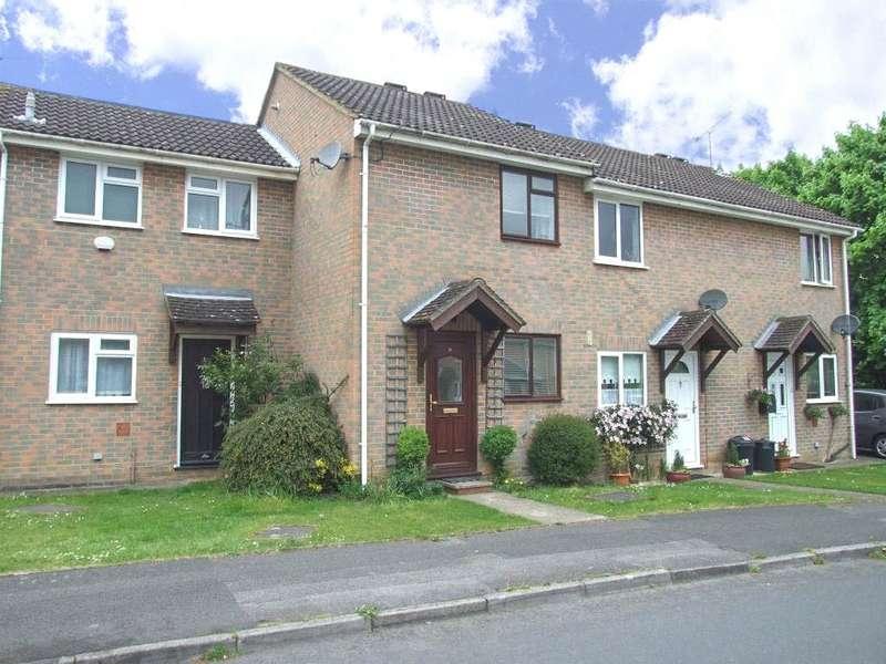 2 Bedrooms Terraced House for sale in Swallow Way, Wokingham, Berkshire, RG41