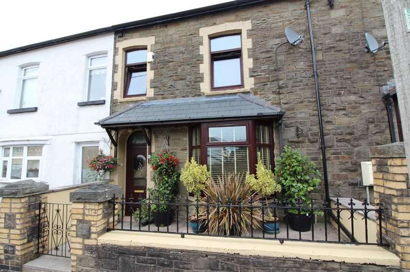 4 Bedrooms Terraced House for sale in Clarence Street