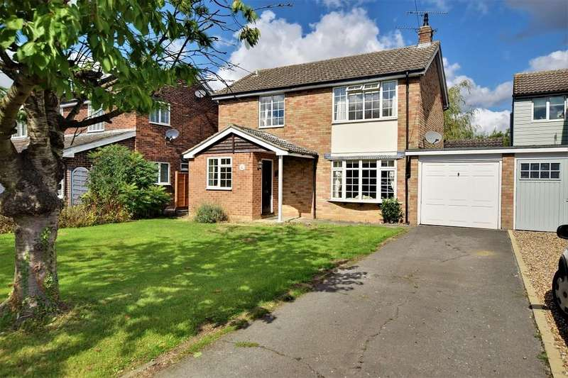 3 Bedrooms Detached House for sale in The Street, High Easter