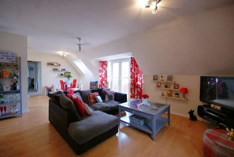 2 Bedrooms Apartment Flat for sale in Venables Way, Lincoln