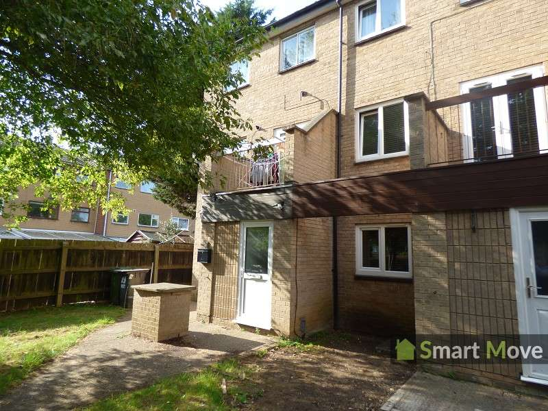 3 Bedrooms End Of Terrace House for sale in Vintners Close, Peterborough, Cambridgeshire. PE3 6BT