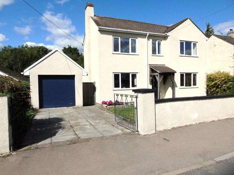 3 Bedrooms Detached House for sale in Primrose Hill, Lydney