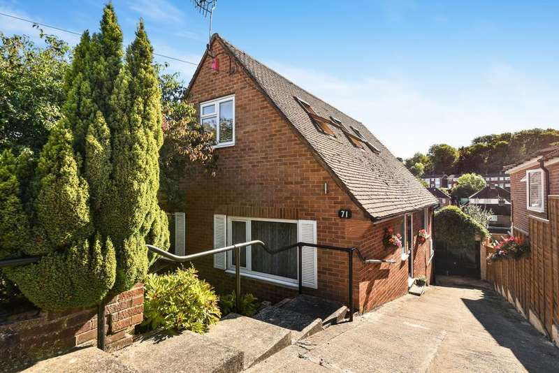 3 Bedrooms Detached Bungalow for sale in High Wycombe, Buckinghamshire, HP12