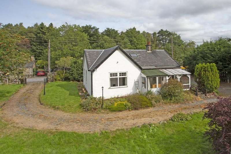 3 Bedrooms Detached Bungalow for sale in Craigmhor, Calvine, Pitlochry