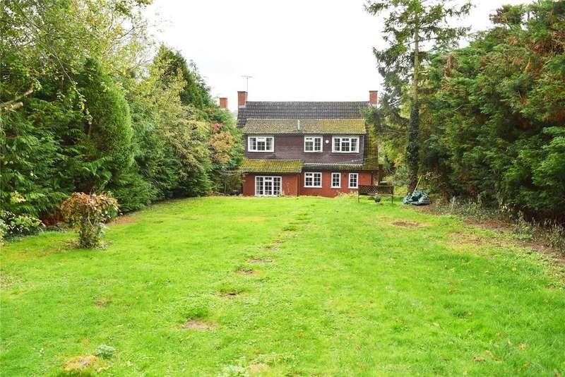 4 Bedrooms Detached House for sale in Church Walk, Eggington